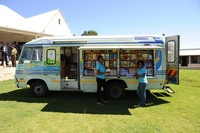 _FCL8006_Mobile Library with Lync.JPG